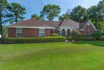 Gregg County Single Family Home For Sale: 104 W Burton