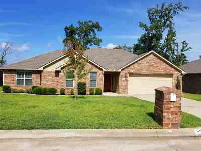 Gregg County Single Family Home For Sale: 109 Lakeway