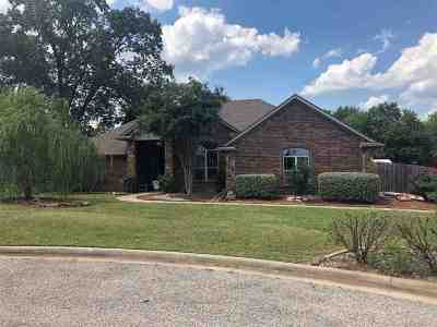 Hallsville Single Family Home For Sale: 108 Mossy Creek Dr.