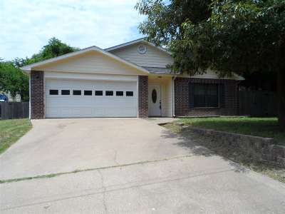 Gladewater TX Single Family Home For Sale: $110,000