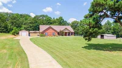 Big Sandy Single Family Home For Sale: 9212 Locust Rd
