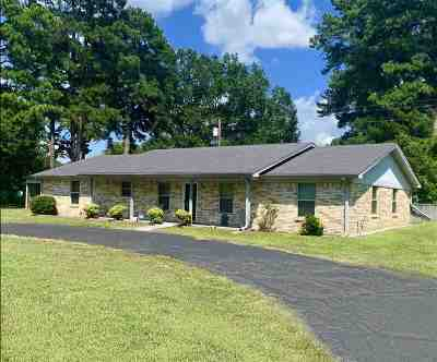 Gilmer Single Family Home For Sale: 1514 Hwy 155 N