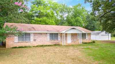 Gilmer Single Family Home Active, Option Period: 4368 State Hwy 155 S