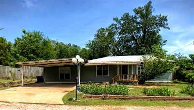 White Oak Single Family Home For Sale: 706 Smith St