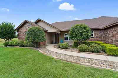 Big Sandy Single Family Home For Sale: 9328 Locust Rd