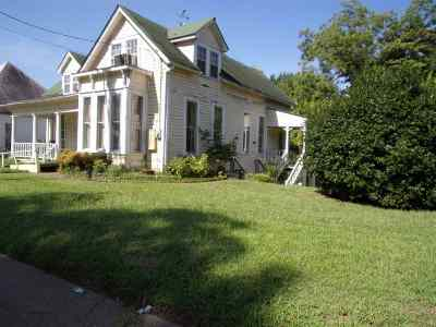 Marshall Single Family Home For Sale: 209 S Franklin St.