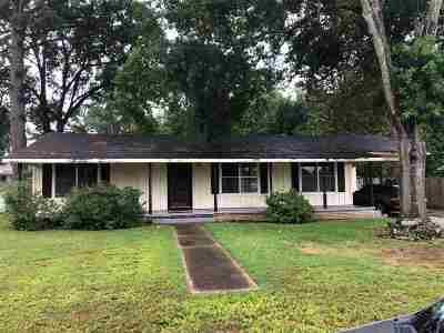 Carthage TX Single Family Home For Sale: $87,900