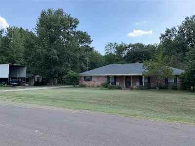 Marshall Single Family Home For Sale: 120 Eddington Rd