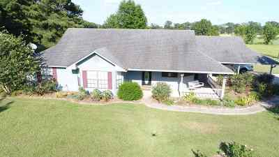 Harrison County Single Family Home For Sale: 450 Chisholm Tr