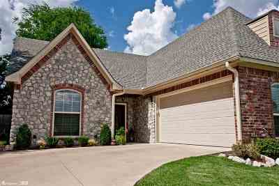 Single Family Home For Sale: 1220 Cobblestone Court