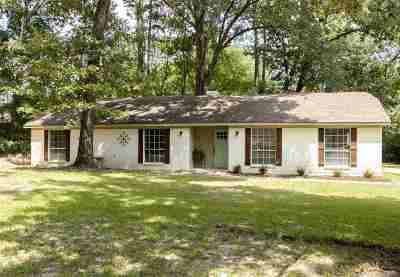 Gregg County Single Family Home For Sale: 602 S Honeysuckle