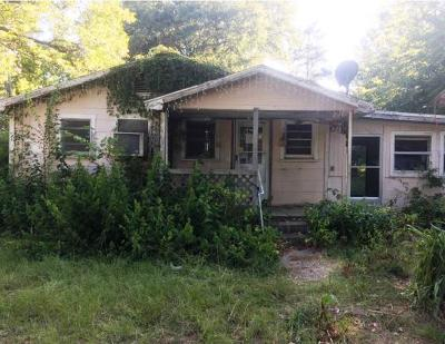 Gladewater TX Single Family Home For Sale: $31,694