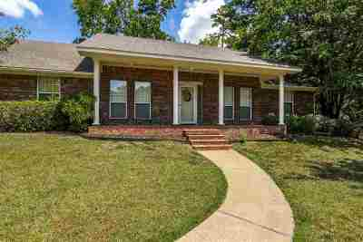 Gilmer Single Family Home For Sale: 605 Quail Drive