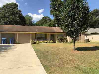 Marshall Single Family Home Active, Cont Upon Loan Ap: 2505 Cedarcrest