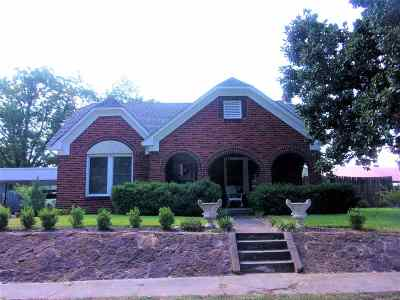 Rusk County Single Family Home Active, Option Period: 106 S Standish