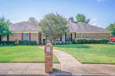 Rusk County Single Family Home Active, Option Period: 1607 Briarwood Trail