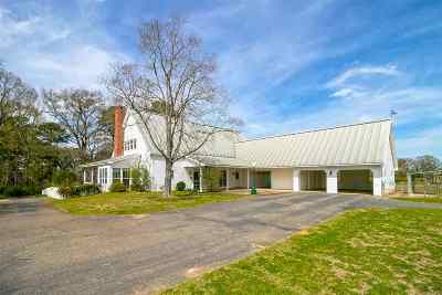 Harrison County Single Family Home For Sale: 3215 Country Club Rd E