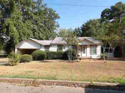 Rusk County Single Family Home Active, Option Period: 502 W South St