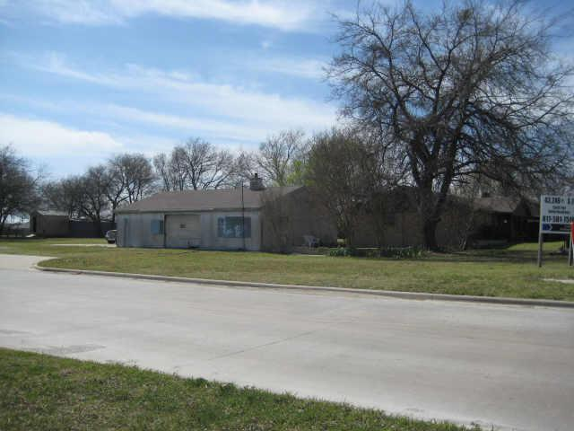 99 Ac Fm 455 West Acker Street Sanger TX
