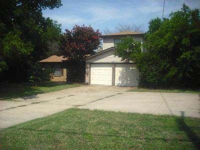 Tarrant County Single Family Home For Sale: 2607 W Green Oaks Boulevard W