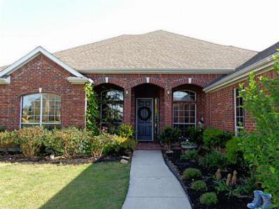 Single Family Home For Sale: 1701 Bassett Hound Drive