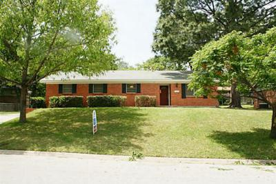Hurst TX Single Family Home Sold: $123,000
