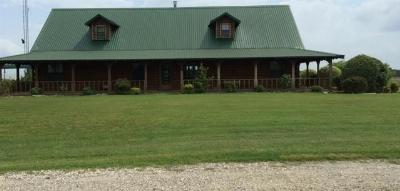 Farm & Ranch For Sale: 290 Lcr 437