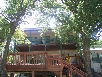 Single Family Home Active Kick Out: 766 Deer Trail