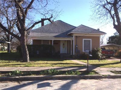 Comanche County Single Family Home For Sale: 304 W Neely Avenue W