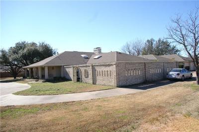 Mesquite Single Family Home For Sale: 2323 N Belt Line Road N