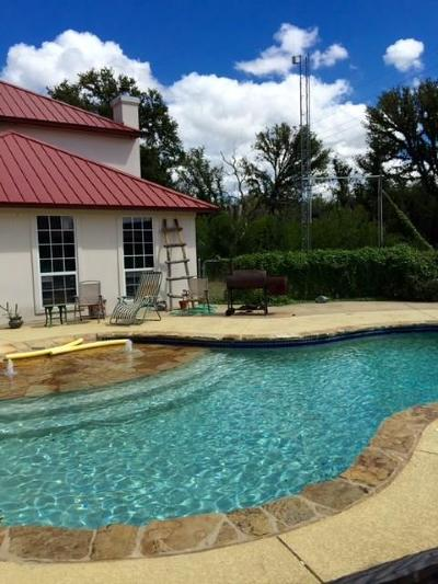 Palo Pinto County Single Family Home For Sale: 115 W Interstate 20