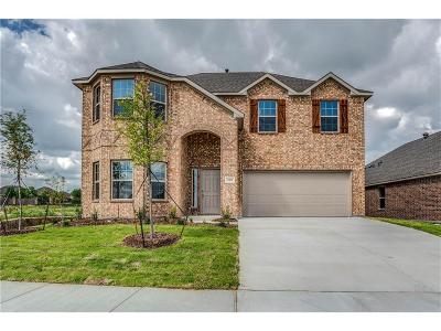 Fort Worth Single Family Home For Sale: 11820 Tuscarora