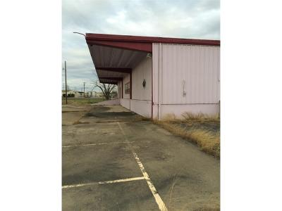 Commercial For Sale: 1140 N Bus 45