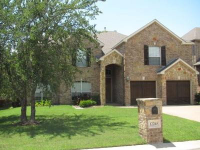 Fort Worth TX Single Family Home For Sale: $344,900