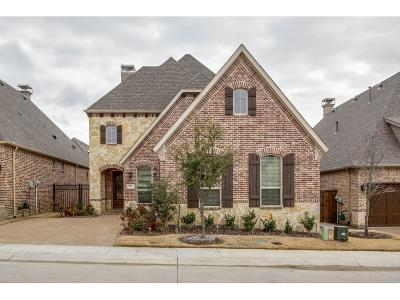 Lewisville Single Family Home For Sale: 651 The Lakes Boulevard