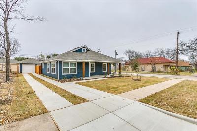 Tarrant County Single Family Home For Sale: 1012 E Annie Street