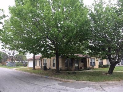 White Settlement Single Family Home Active Contingent: 126 N Redford Lane