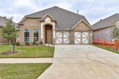 North Richland Hills Single Family Home For Sale: 6901 Cambridge Drive