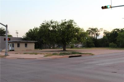 Farm & Ranch For Sale: 942 Pine Street