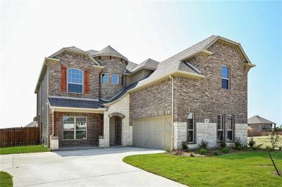 Grand Prairie Single Family Home For Sale: 321 Burberry Drive