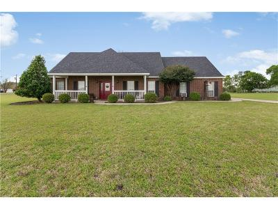 Single Family Home For Sale: 1225 Hackberry Road