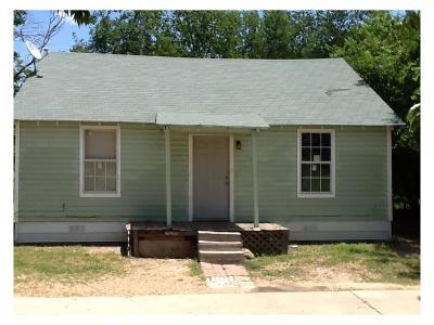 Waxahachie Single Family Home For Sale: 100 Henderson Street