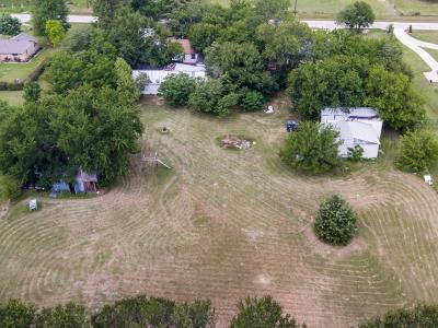 Single Family Home For Sale: 380 Mobile Drive