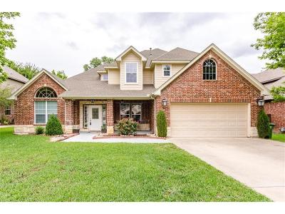 Grapevine Single Family Home For Sale: 1558 S Gravel Circle