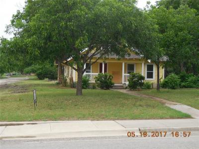Eastland County Single Family Home Active Contingent: 601 W Main Street