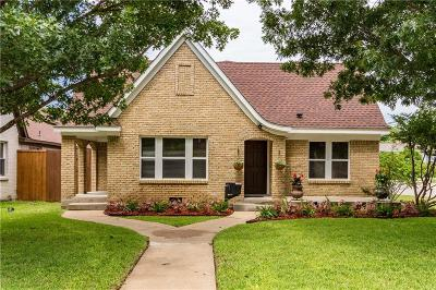 Fort Worth Single Family Home For Sale: 2100 Tremont Avenue