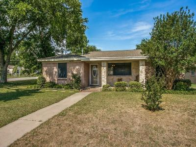 White Settlement Single Family Home Active Option Contract: 436 Parkside Drive