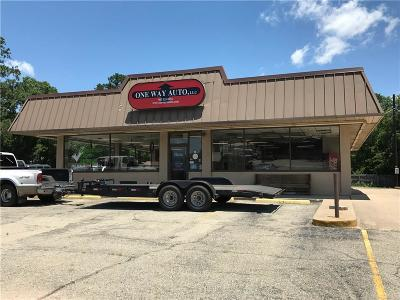 Commercial Lease For Lease: 900 Gilmer Street