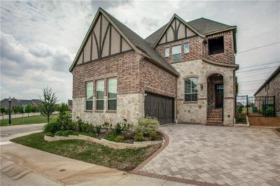 Lewisville Single Family Home For Sale: 640 The Lakes Boulevard