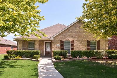 Frisco Single Family Home Active Contingent: 13758 Lincolnshire Lane
